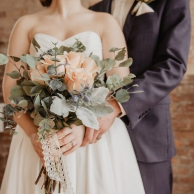 10 цветов в пудровых оттенках для свадьбы